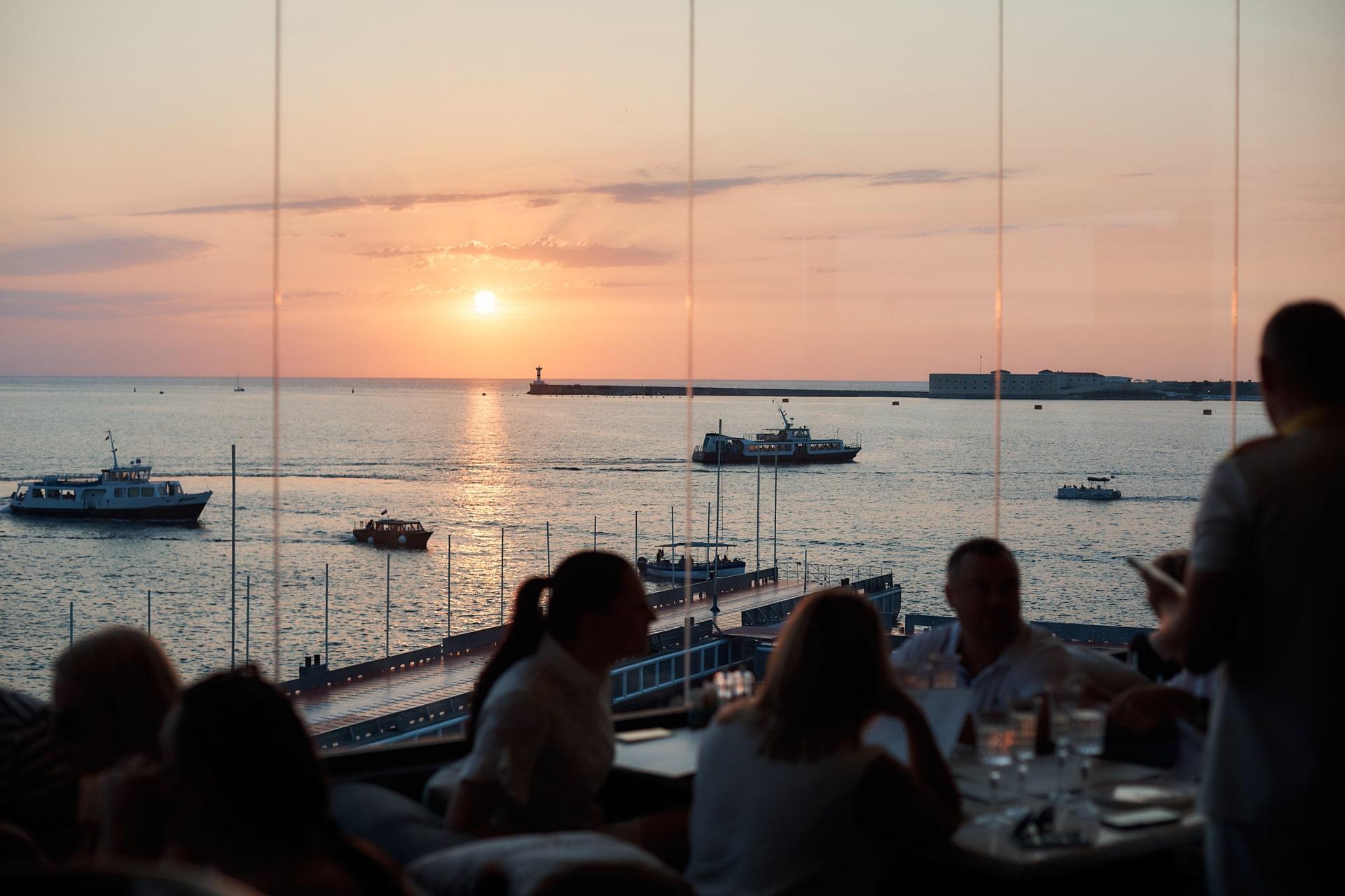 Рестораны Севастополя на набережной